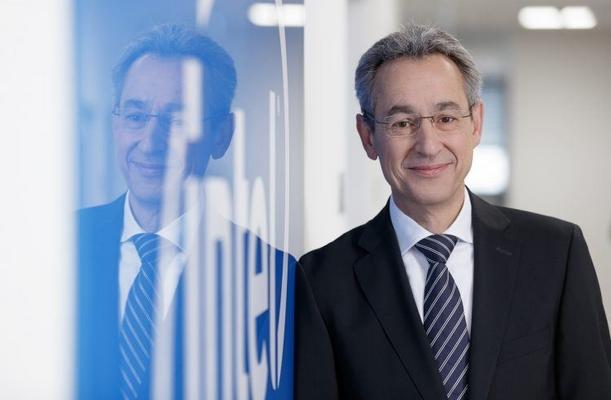Hannes Schwaderer, Country Manager Intel Deutschland GmbH: Künstliche Intelligenz (KI) hilft uns, bessere Entscheidungen zu treffen.